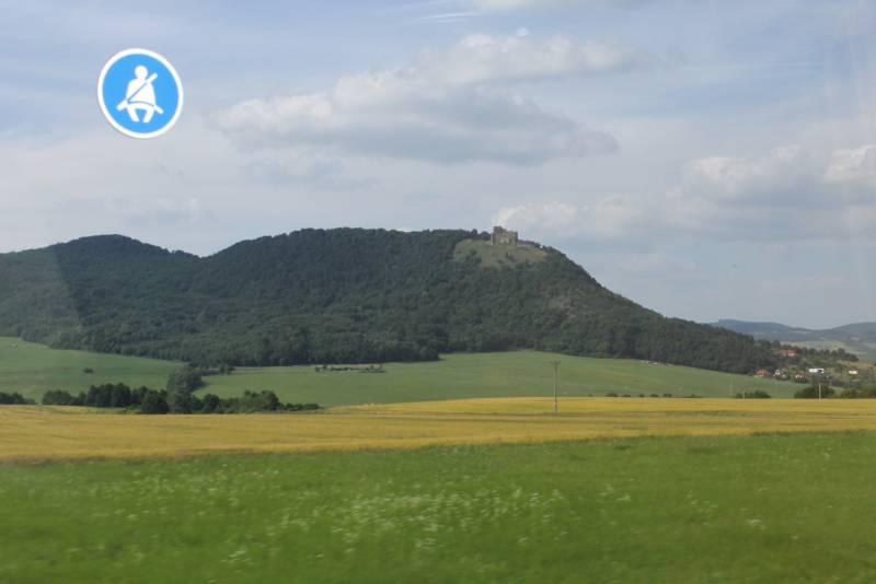 О чем надо знать, проезжая замок Чахтице…