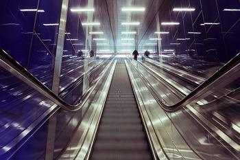 Полиция ищет свидетелей побоища в петербургском метро