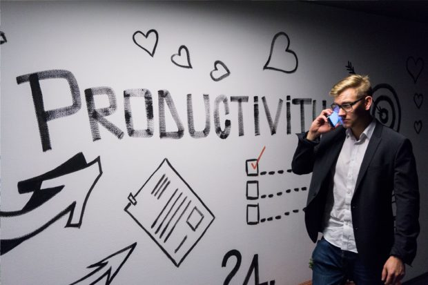 7 Productivity Hacks To Implement This Week to Achieve More