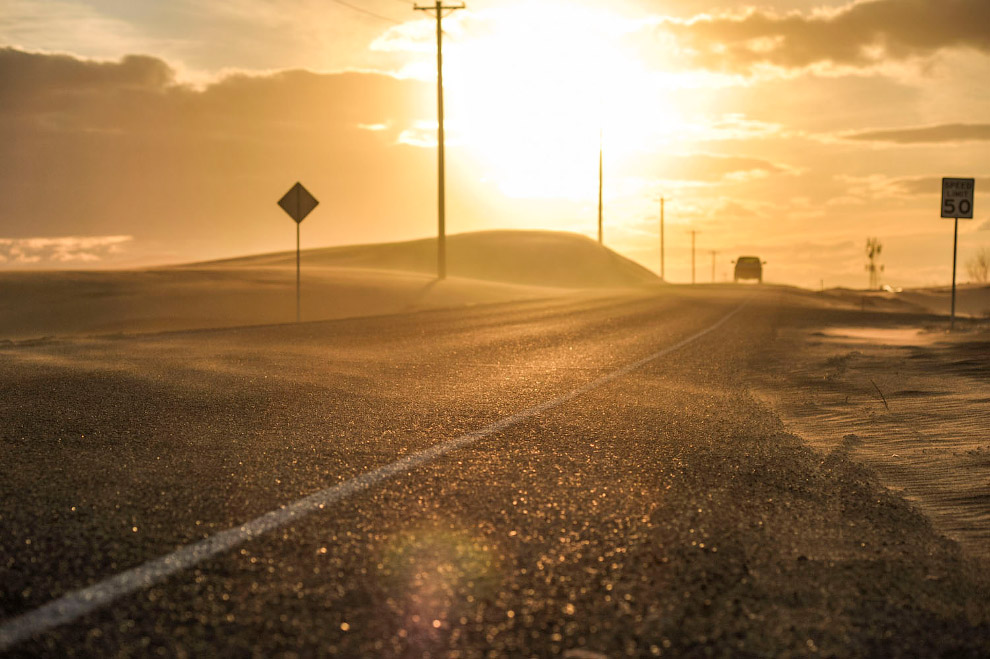 Дорога возле дюн