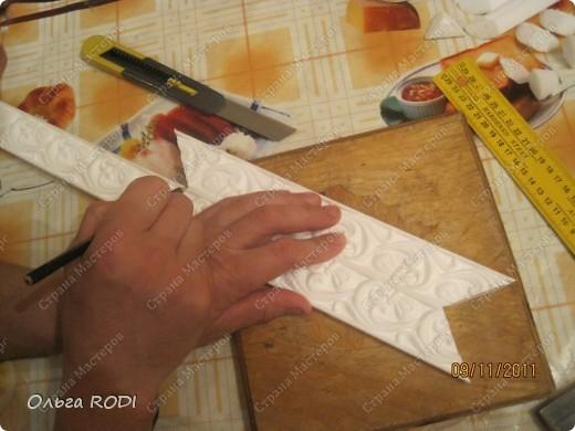 Как сделать потолочные плинтуса своими руками