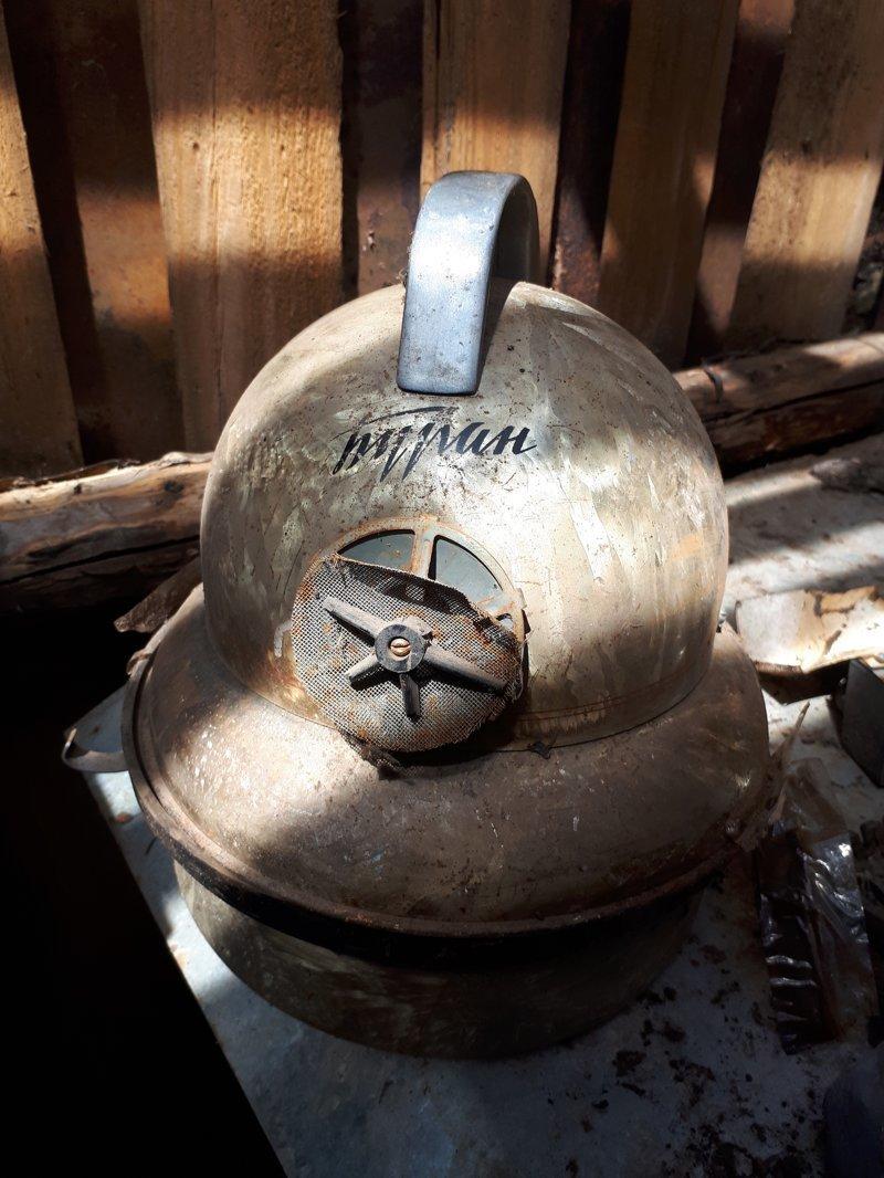"""1. Пылесос """"Буран"""", пролежавший в гараже слишком долго СССР, антиквариат, вещи из СССР, ностальгия, родом из СССР, советский союз, фото"""