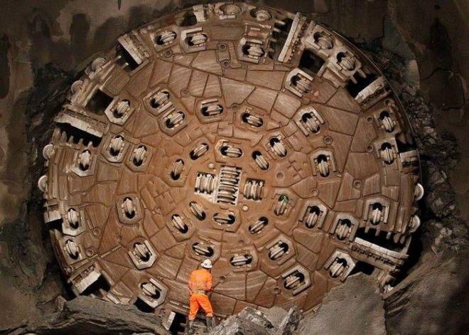 Проходка ЖД Готардского базисного туннеля