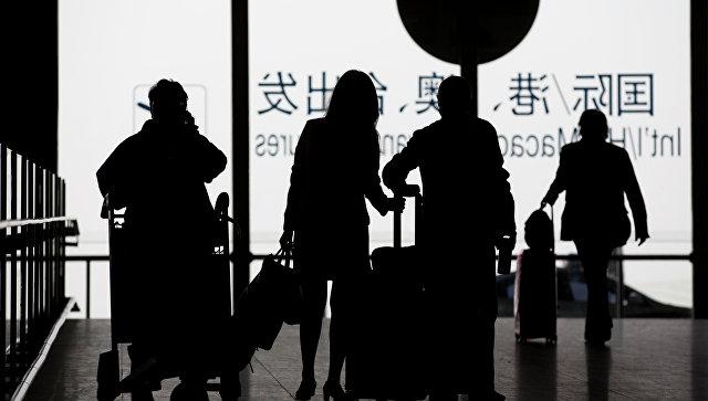В Китае самолет не взлетел из-за монеток, брошенных старушкой в двигатель