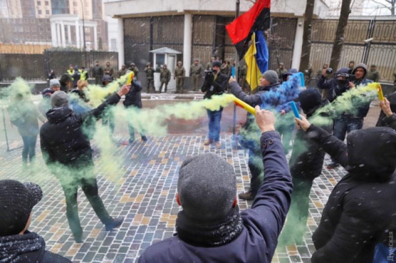 Полиция в Одессе у Генконсул…