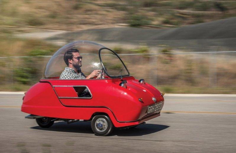 Вы бы заплатили $100 000 за этот трехколесный автомобиль?