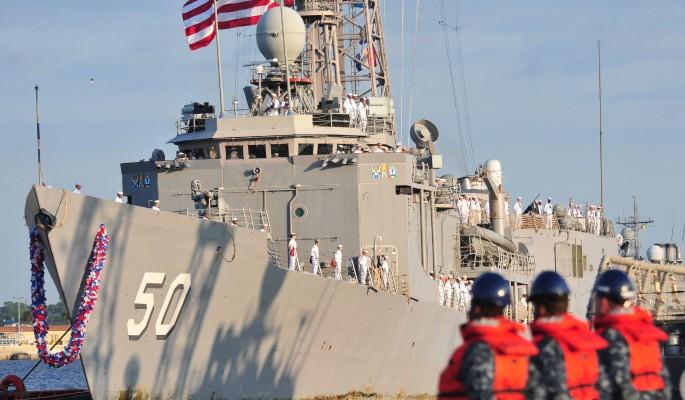 НАТО вводит корабли в Азовское море