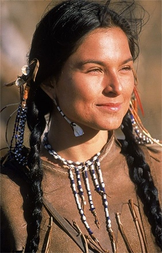 Сакаджавея — молодая женщина из индейского племени северных шошонов, проживавшего на территории, где сейчас находится штат Айдахо женщины, индейцы, красота, племена, прерии