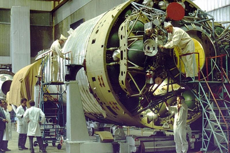 Алмазные космонавты