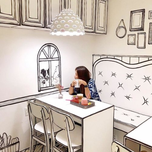 Кафе, в котором посетители могут почувствовать себя, как в книжке с комиксами