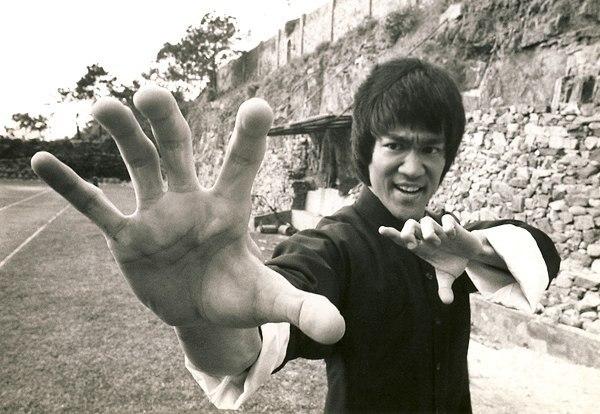 Самый быстрый удар в истории боевых искусств у Брюса Ли