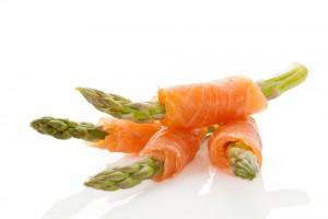 Спаржа с лососем на День Валентина