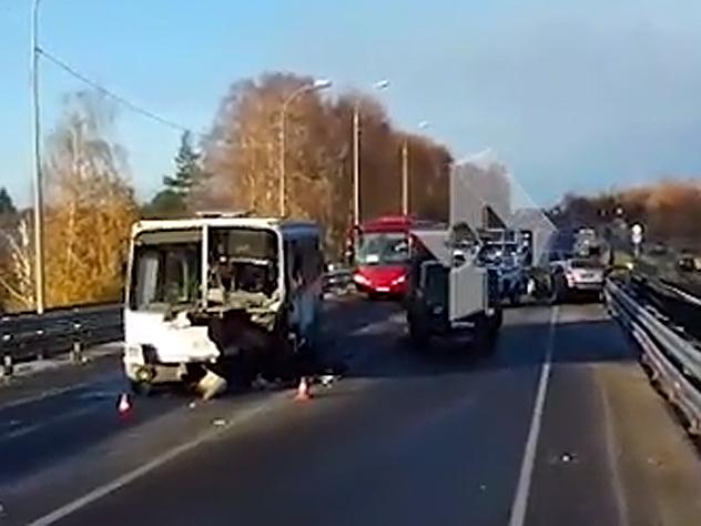 Появилось видео смертельного ДТП с легковушкой и автобусом под Нижним Новгородом