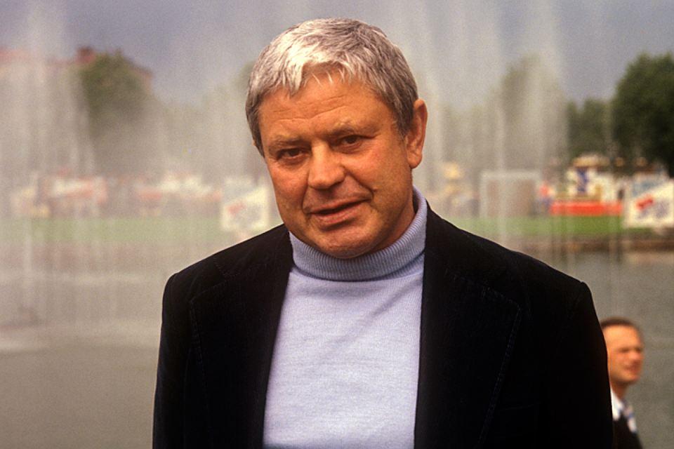 За что Донатаса Баниониса в Литве включили в список бывших агентов КГБ, спустя три года после смерти