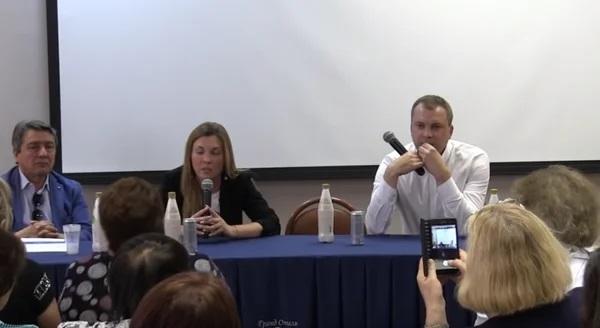 """Ведущие политических ток-шоу объяснили, почему зовут одних и тех же украинских """"гостей"""""""