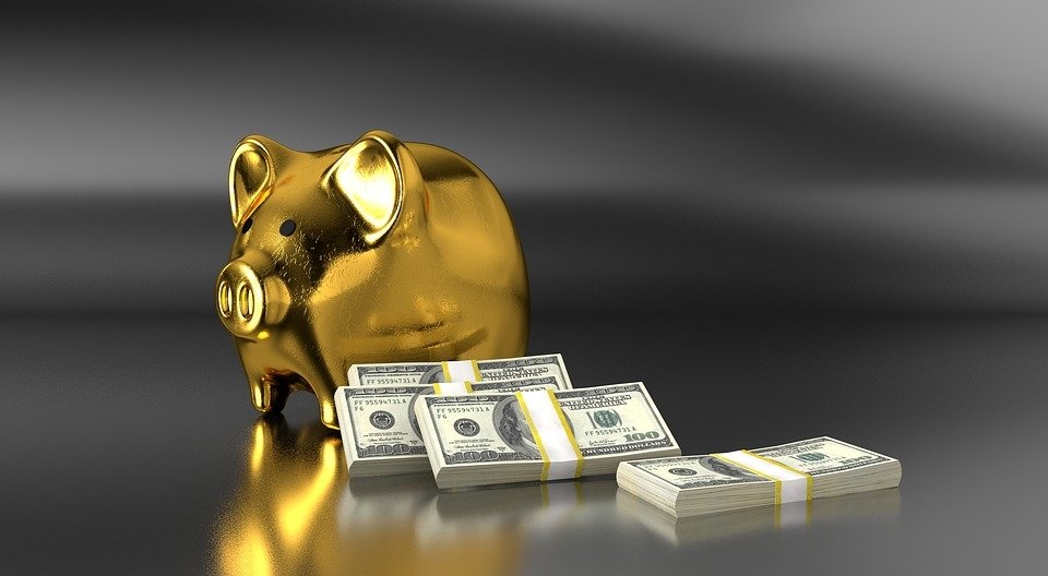 Курс доллара и евро опустилс…