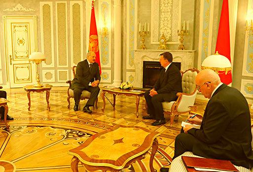 Лукашенко на встрече с премь…