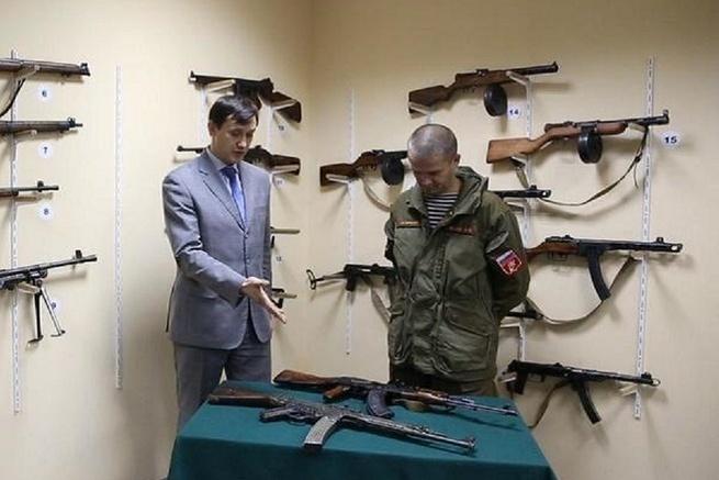 АК-47 И ШТУРМГЕВЕР ШМАЙССЕРА ПОХОЖИ ТОЛЬКО ИЗГИБОМ МАГАЗИНА
