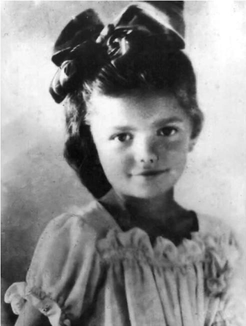 Это Ада Занегина, ей было 6 …