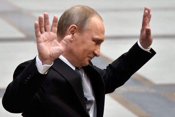 Бизнес пожаловался президенту Путину на министра Медведева