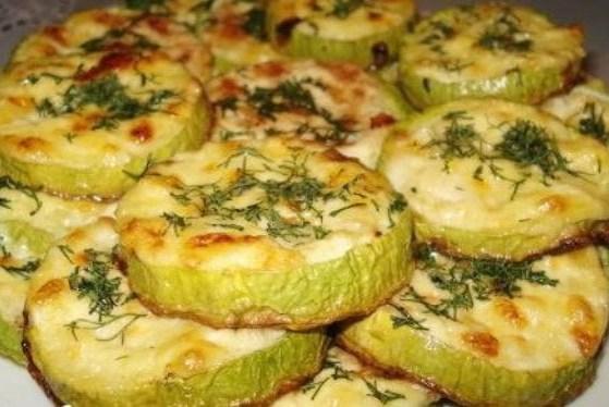 Вкусно и низкокалорийно: 5 оригинальных рецептов с кабачками