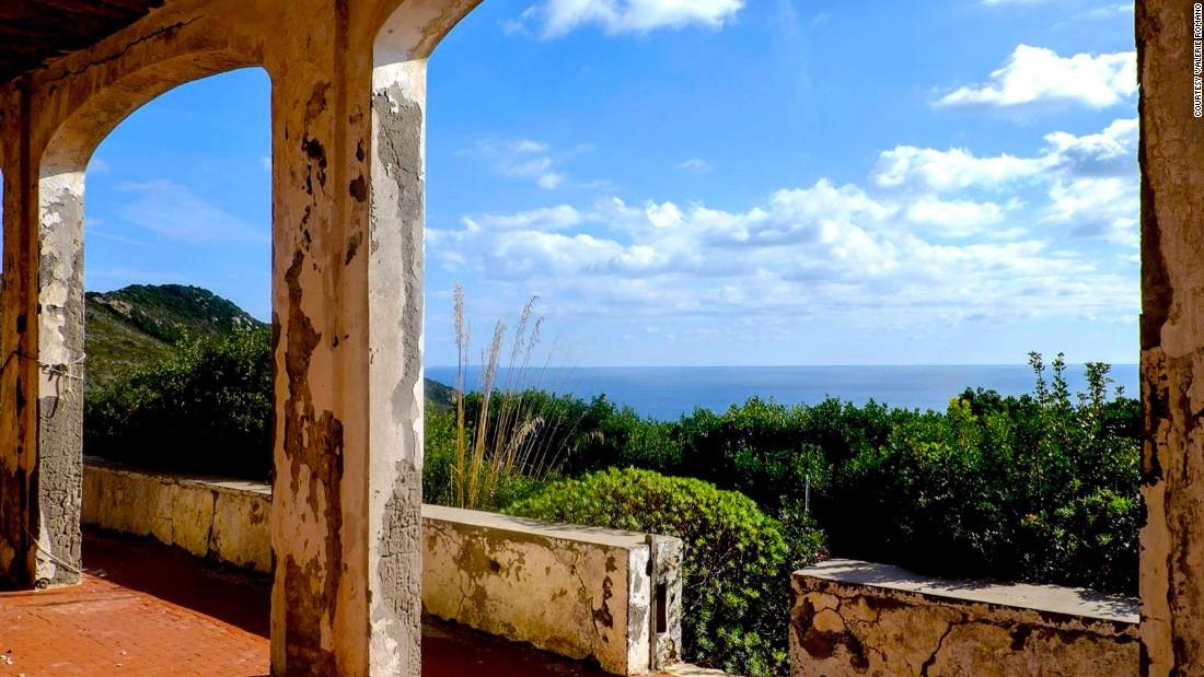 Заннон — забытый остров оргий с мрачным прошлым