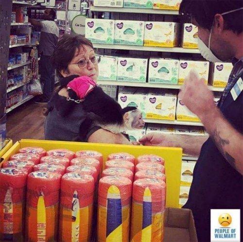 Чудаки и чудачества в Walmart (19 фото)