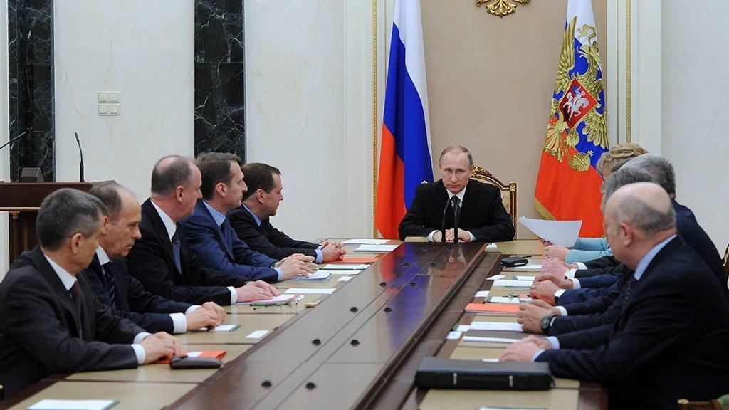 Путин созвал Совбез для обсуждения подготовки сирийского национального диалога в Сочи