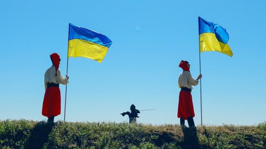 «Украинська мова» против человеческого языка — как языковая политика уничтожает современную Украину