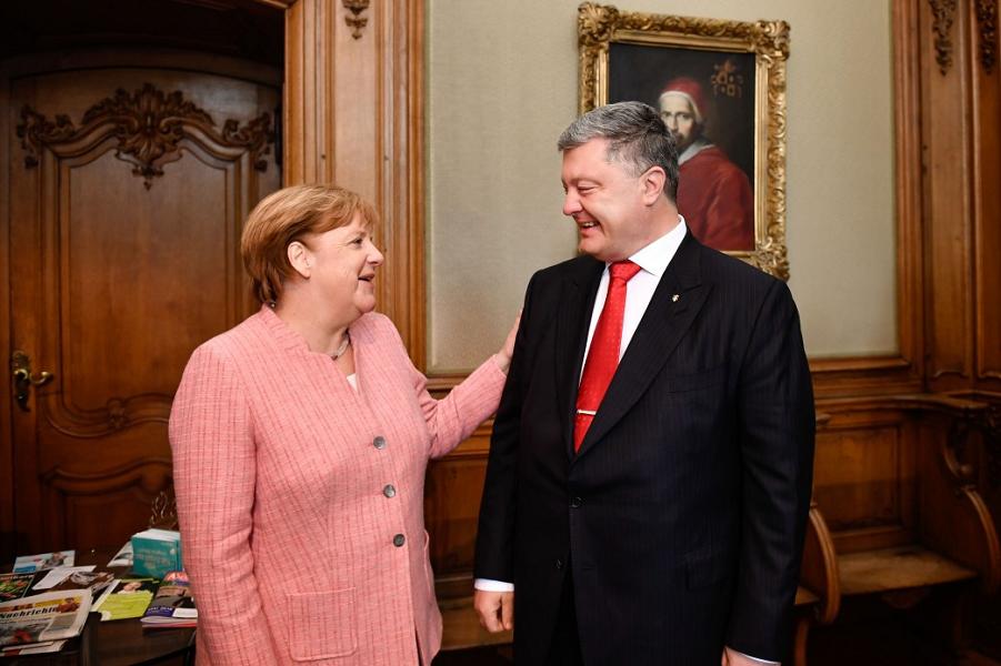 Украина Порошенко бросает вы…
