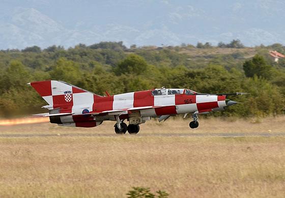 Минобороны Хорватии получило четыре предложения на поставку истребителей