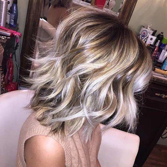 Умопомрачительные варианты стрижки боб на волнистые волосы