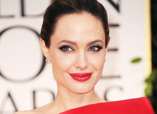 СМИ: Анджелина Джоли больше …