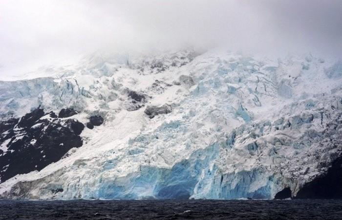 93 процента территории острова покрыто ледником.