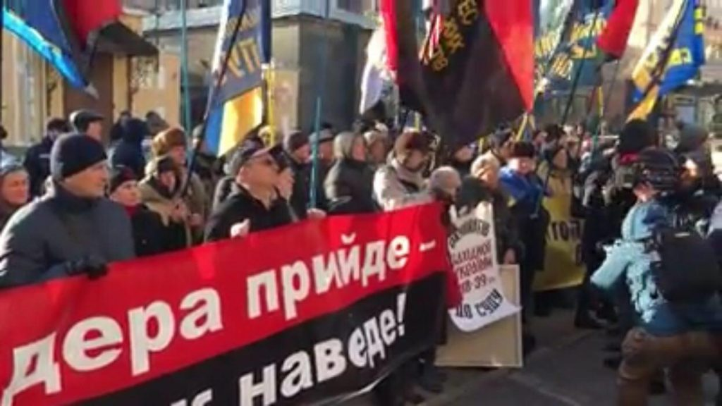 Тягнибоковцы и правосеки налетели на поляков