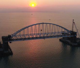 Они верили, что этот чёртов Крымский мост – всего лишь павильонные съемки киностудии «Мосфильм»...
