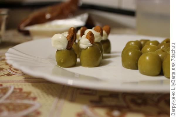 начиняем оливки