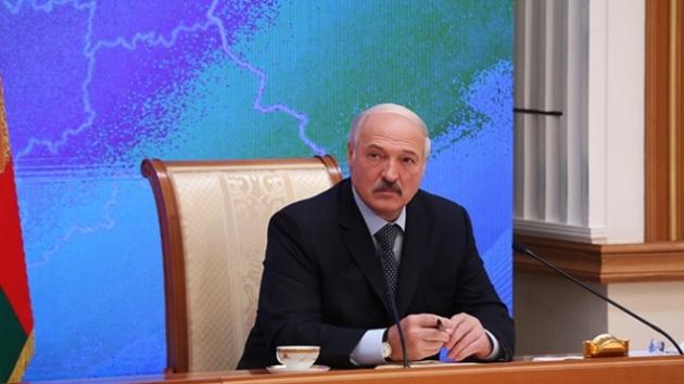 Лукашенко: «У европейских правителей чего-то не хватает между ног»..