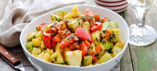 Рагу из кабачков и картошки «Радуга»