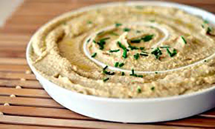 Хумус снижает риск болезней. 13 способов приготовить его всего с пятью ингредиентами