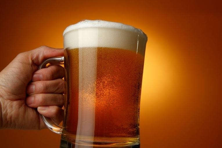 Пять необычных способов применения пива в быту