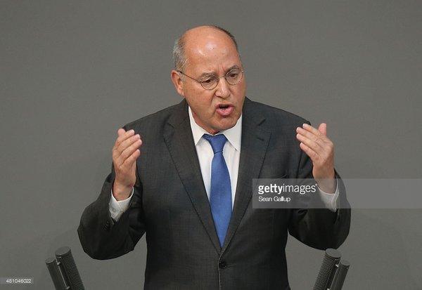 Немецкий депутат: «Запад считал Россию побежденной и нарушал Международное право, пришло время отвечать!»