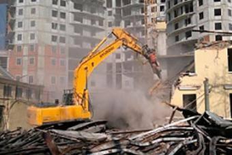 Расселять жителей аварийных домов с 1 января 2019 года не удастся