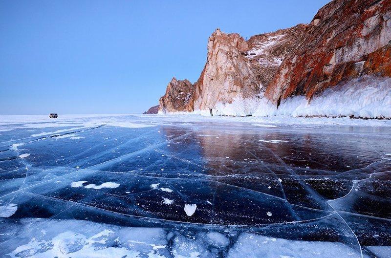 Мыс Саган-Хушун и скала Три Брата, озеро Байкал, остров Ольхон © Cultura Creative зима, красота, природа, россия, фото