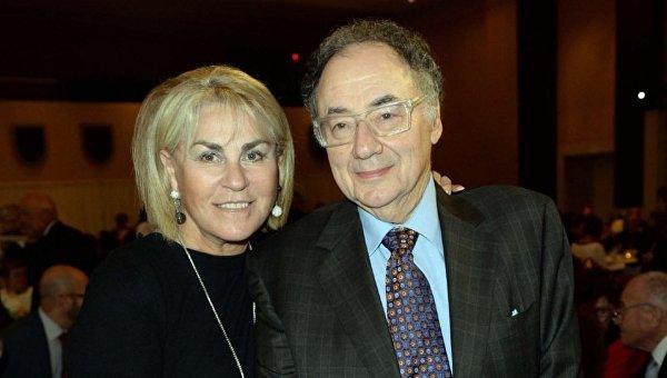 Просто запутались: В полиции Торонто назвали причину смерти миллиардера Шермана и его жены