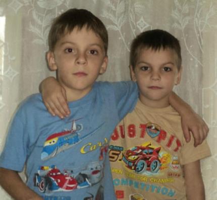 Денис и Андрей Любимовы – юные герои. Ребята спасли из огня двоих детей