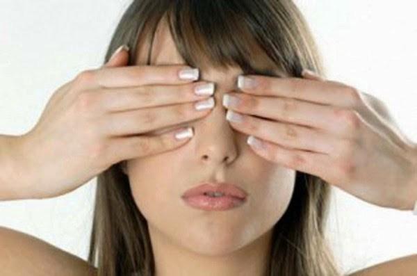 Как делать упражнения для глаз при плохом зрении