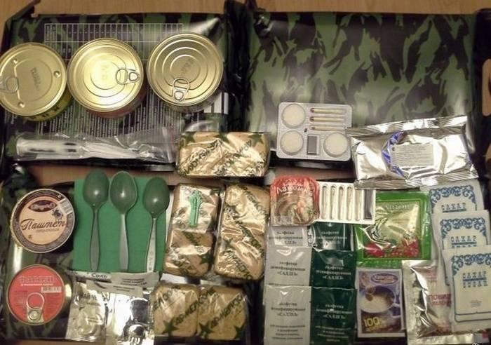 В солдатских пайках вместо сигарет останутся конфеты