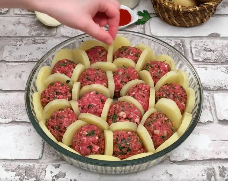 Фрикадельки с картофелем и с…