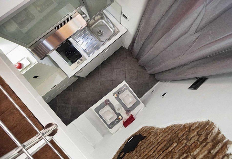 Кухня недели: крохотный уголок в 7-метровой квартирке